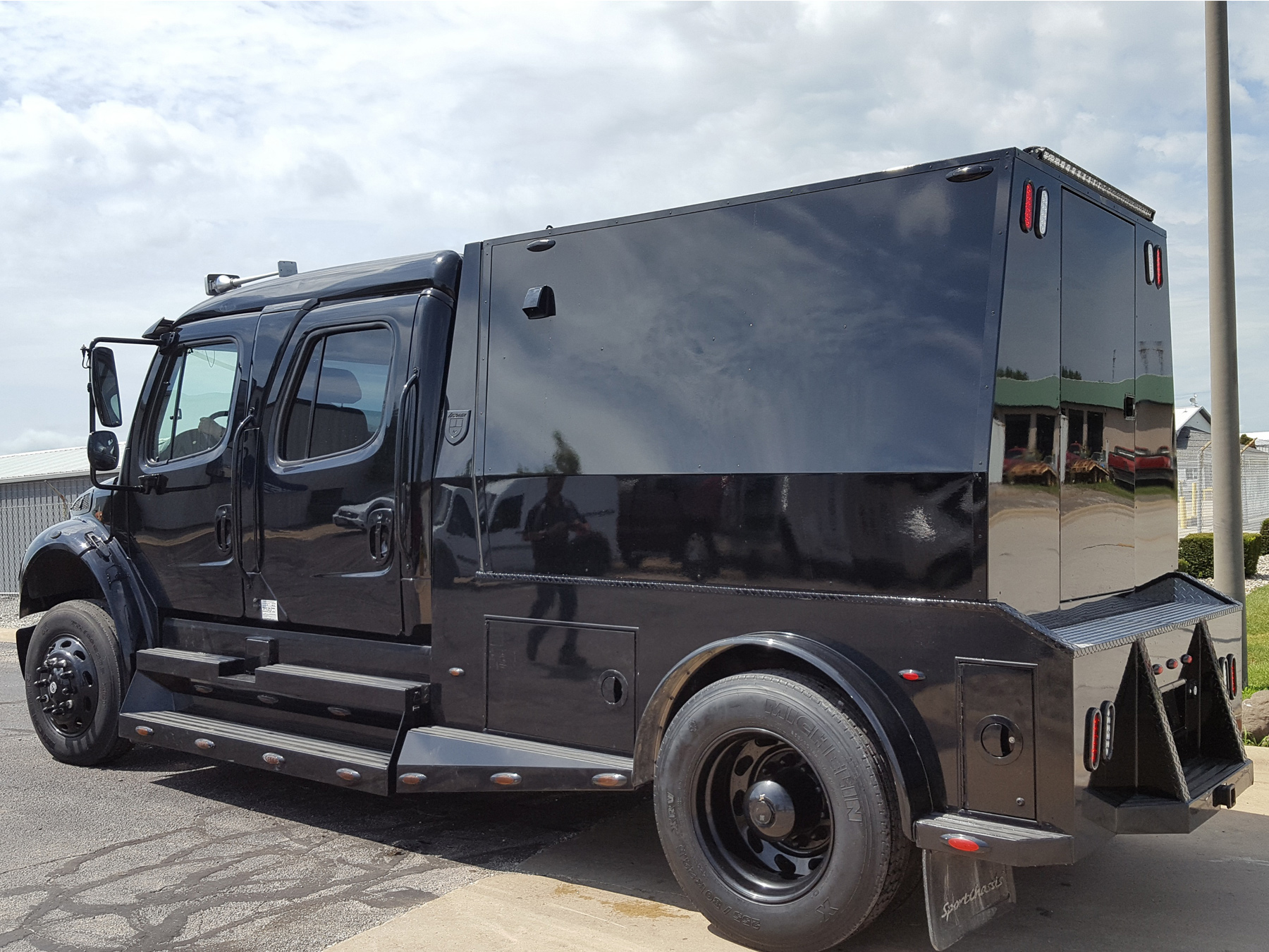 Freightliner Sport Chassis 3