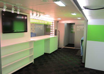 headhunter tour interior