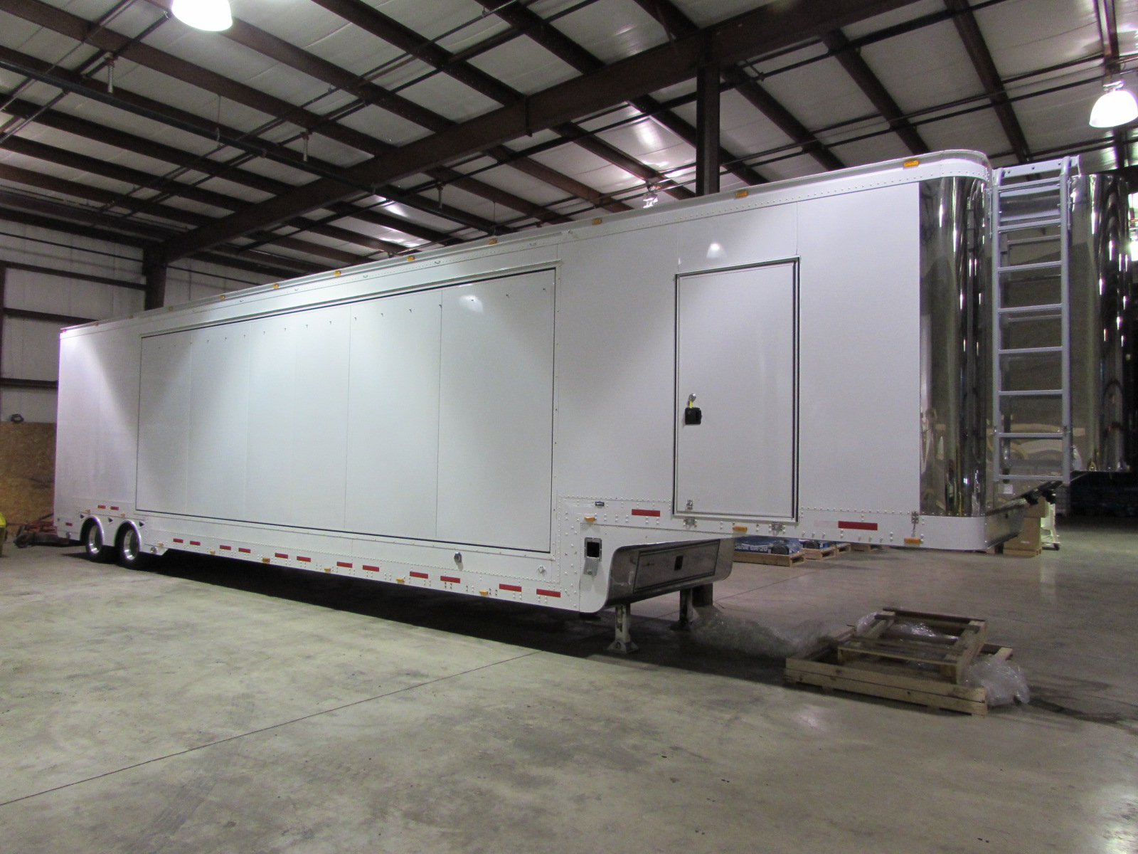 48ft Single Expandable Exposition Trailer 1